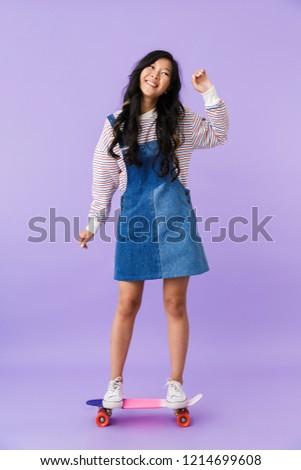 счастливым Cute азиатских женщину позируют изолированный Сток-фото © deandrobot