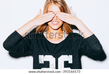 Közelkép stúdió portré derűs szőke nő hipszter Stock fotó © studiolucky