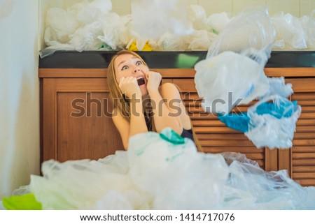 человека · используемый · многие · пластиковых · мешки · вверх - Сток-фото © galitskaya