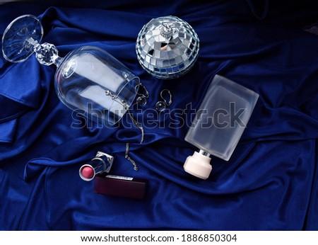 Luxo diamante brincos escuro azul seda Foto stock © Anneleven