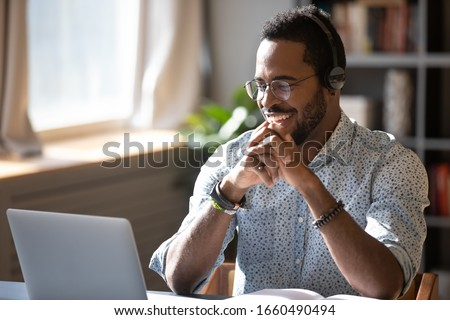 Trabalho de escritório remoto trabalhar freelance moço trabalhando Foto stock © designer_things