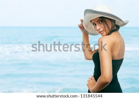 Foto d'archivio: Magnifico · donna · testa · fuori · acqua · piscina