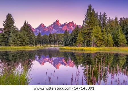 山 · 公園 · ワイオミング州 · 米国 · 雪 · 緑 - ストックフォト © cboswell