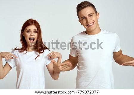 Aantrekkelijk vrolijk kaukasisch mannelijke toevallig Stockfoto © vkstudio