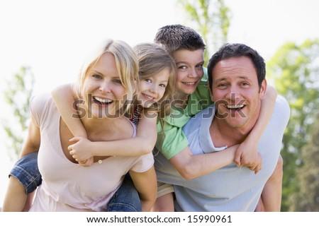 Portre gülen ebeveyn omzunda çocuklar beyaz Stok fotoğraf © wavebreak_media