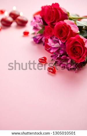 ストックフォト: 混合した · 花 · 花束 · バラ · キャンドル · 中心