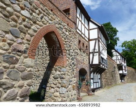 Casa medievale città muro viaggio Foto d'archivio © meinzahn