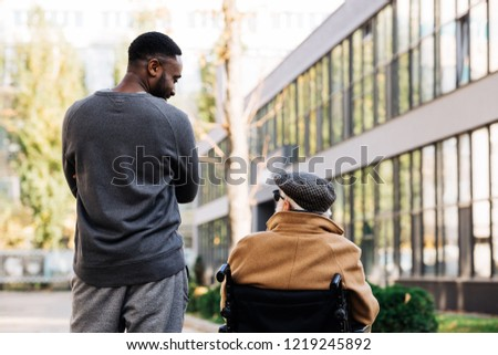 вид сзади инвалидов старший афроамериканец человека молодые Сток-фото © wavebreak_media