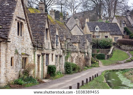 Arlington Row in Bibury with River Coln, Cotswolds, Gloucestershire, UK Stock photo © fisfra