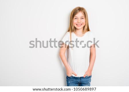 Feliz pequeno cinco anos velho menina Foto stock © Lopolo