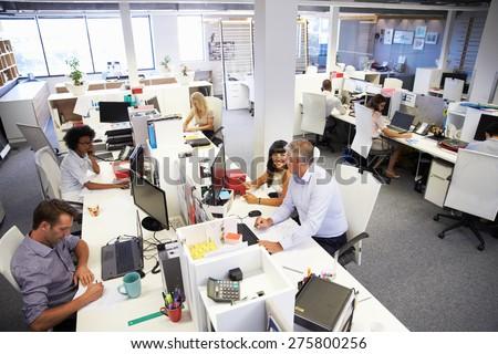 Wysoki widoku młodych ludzi biznesu pracy Zdjęcia stock © wavebreak_media