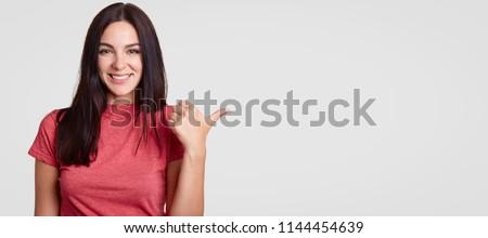 Güzel esmer genç kadın uzun koyu renk saçları Stok fotoğraf © vkstudio