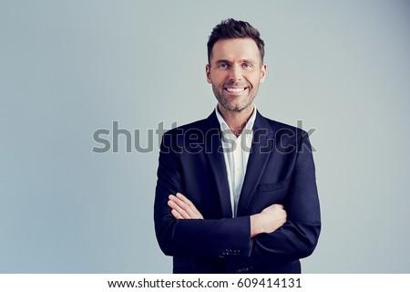 Işadamı yalıtılmış portre açmak eller beyaz Stok fotoğraf © HASLOO