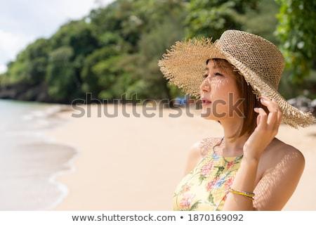 vrouw · ademhaling · zee · gelukkig · jonge · asian - stockfoto © hasloo