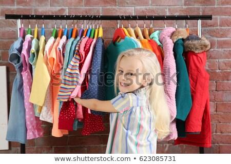 Küçük kız pansuman kız çocuk ayakkabı hemşire Stok fotoğraf © photography33