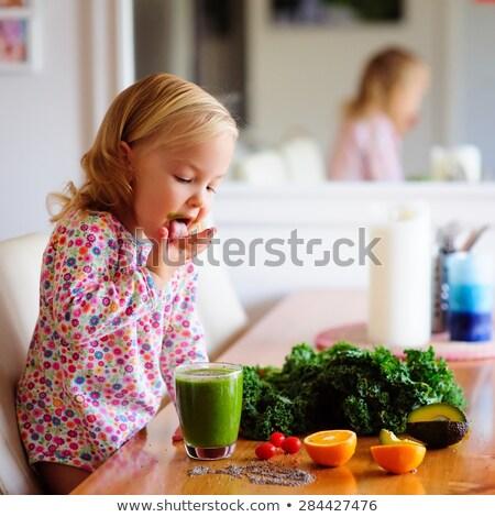 bebê · suficiente · alimentação · espinafre · bonitinho · pequeno - foto stock © lighthunter
