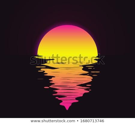 Zonsondergang hemel wolken natuur oceaan Stockfoto © flotsom