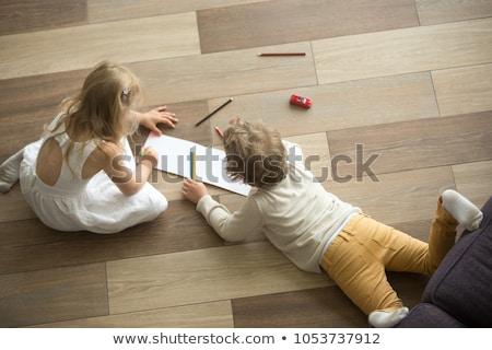 Testvérek rajz padló otthon nappali nő Stock fotó © wavebreak_media