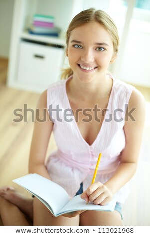 konsantre · kadın · eğitim · kolej · eğitim · okul - stok fotoğraf © deandrobot
