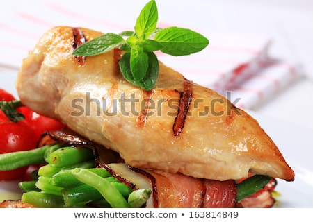 Foto stock: Pollo · a · la · parrilla · mama · ejotes · cadena · frijoles · alimentos