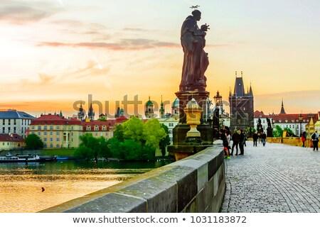 castillo · Praga · manera · República · Checa · cielo · iglesia - foto stock © LucVi