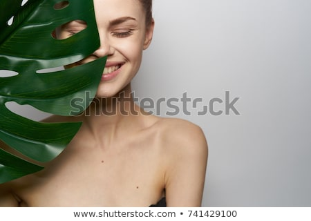 美しい · 若い女性 · 触れる · 顔 - ストックフォト © nikodzhi