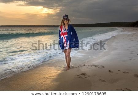 Nő sétál nedves homok tengerpart kora reggel Stock fotó © lovleah