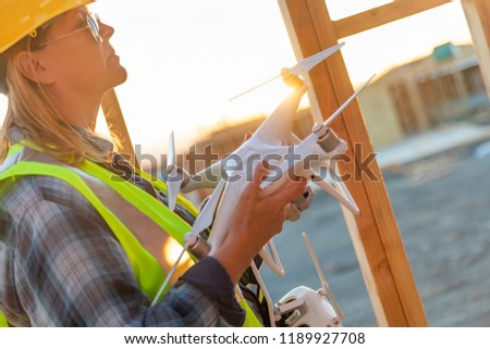 Női repülőgép pilóta tart építkezés lány Stock fotó © feverpitch