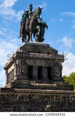 статуя император углу воды город Сток-фото © meinzahn