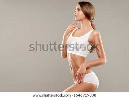Belo esbelto corpo perfeito menina depilação com cera Foto stock © serdechny