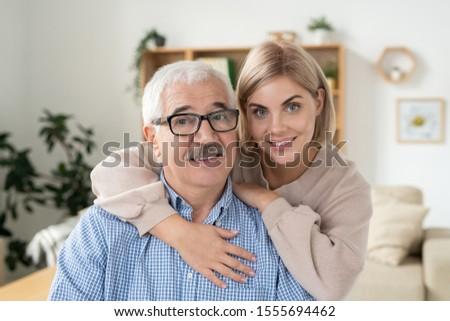 Giovani affettuoso donna bionda padre Foto d'archivio © pressmaster