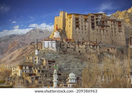 дворец Индия горные гор Сток-фото © dmitry_rukhlenko