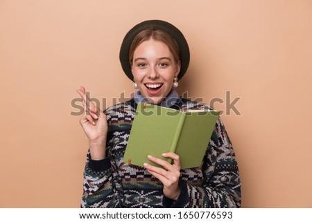 Fotoğraf güzel gülümseyen kadın günlük parmaklar Stok fotoğraf © deandrobot