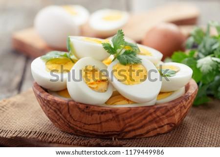 ovos · tigela · tabela · páscoa · fundo - foto stock © digifoodstock