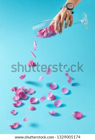 стекла ваза розовый роз девушки татуировка Сток-фото © artjazz
