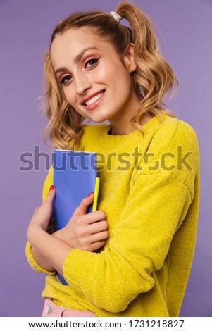 画像 笑みを浮かべて きれいな女性 2 ポーズ 練習帳 ストックフォト © deandrobot