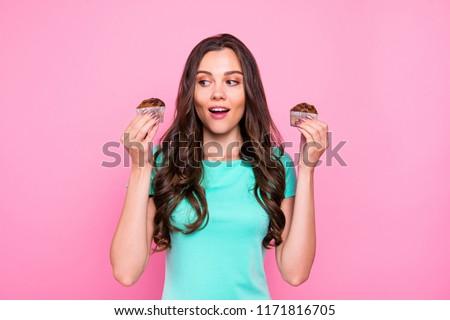 Sabroso chocolate cookie femenino manos Foto stock © pressmaster