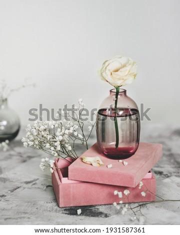 Primavera buquê branco vaso suporte Foto stock © user_15523892