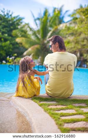 幸せ 父 2 座って 熱帯ビーチ 休暇 ストックフォト © travnikovstudio