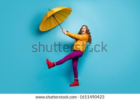 Schreeuwen geschokt vrouw sjaal Stockfoto © deandrobot