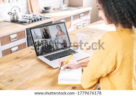 Seitenansicht · lachen · smart · Mann · Business - stock foto © wavebreak_media