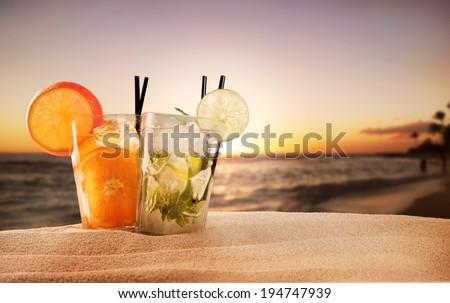 Kokteyl plaj su şarap cam Stok fotoğraf © pxhidalgo