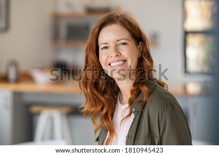woman portrait in nature Stock photo © Lopolo