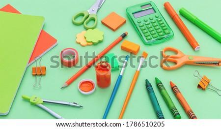 Vista escuela ninos dibujo cuaderno Foto stock © wavebreak_media