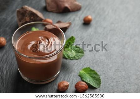 Finom házi készítésű csokoládé puding bio karamell Stock fotó © Peteer