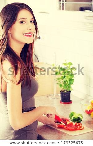 feliz · mulher · tomates · espaguete · verão - foto stock © rob_stark