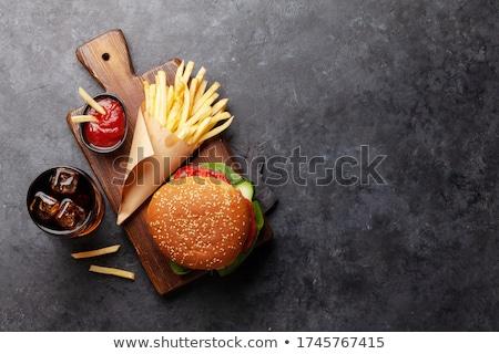 Zdjęcia stock: Cheeseburger · frytki · sos · odizolowany · zielone · kurczaka