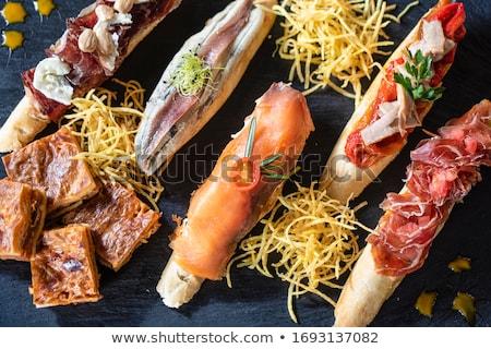 Foto stock: Delicioso · espanhol · lanches · recheado · pequeno · pimentas