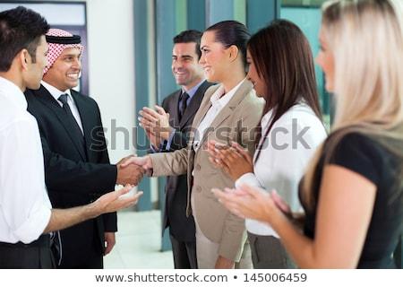Közel-keleti üzletasszony kaukázusi üzletember iroda üzletemberek Stock fotó © monkey_business