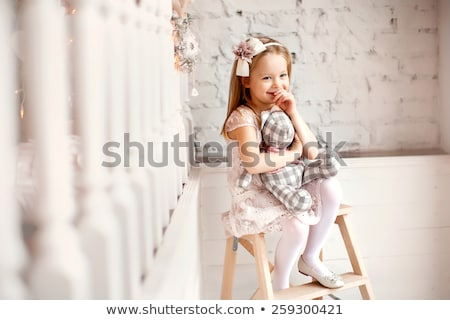 Bom little girl azul borboleta traje isolado Foto stock © acidgrey